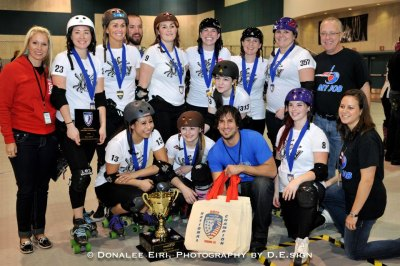 Champion Oly Rollers with the Seltzer Cup. Photo by D. E. SIGN
